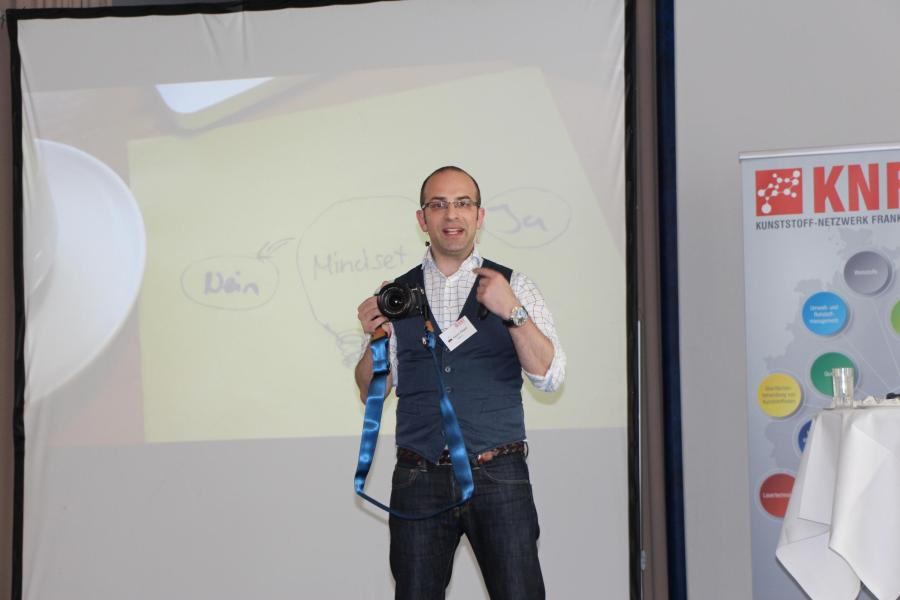 Festreferent Karem Albash, Vizepräsident der German-Speaker Assoziation Chapter Schweiz, dem größten, deutschsprachigen Verband professioneller Redner