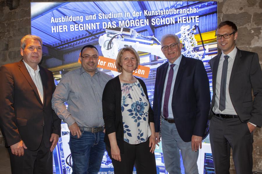 Die neu gewählte Vorstandschaft v.l.: Dr. Edgar Quandt, Armin Bauer, Petra Gmeiner, Jürgen Weitmeier, Stefan Hofmann