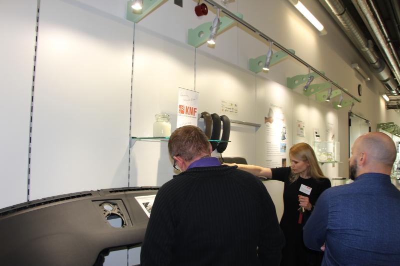 Besichtigung des Demo-Centers Additive Fertigung der NMB GmbH für die Teilnehmer des 3D-Forums 2019